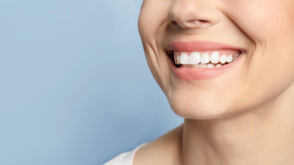 Sağlıklı diş eti rengi nasıl olur?