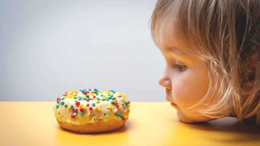 'Çocuklar 10 yaşına kadar 140 kilo şeker tüketiyor'