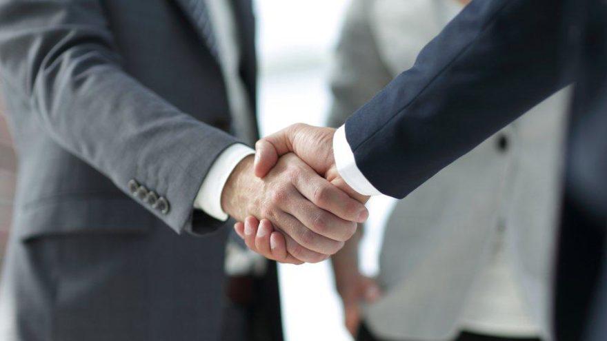 Modanisa.com'dan ortaklık anlaşması