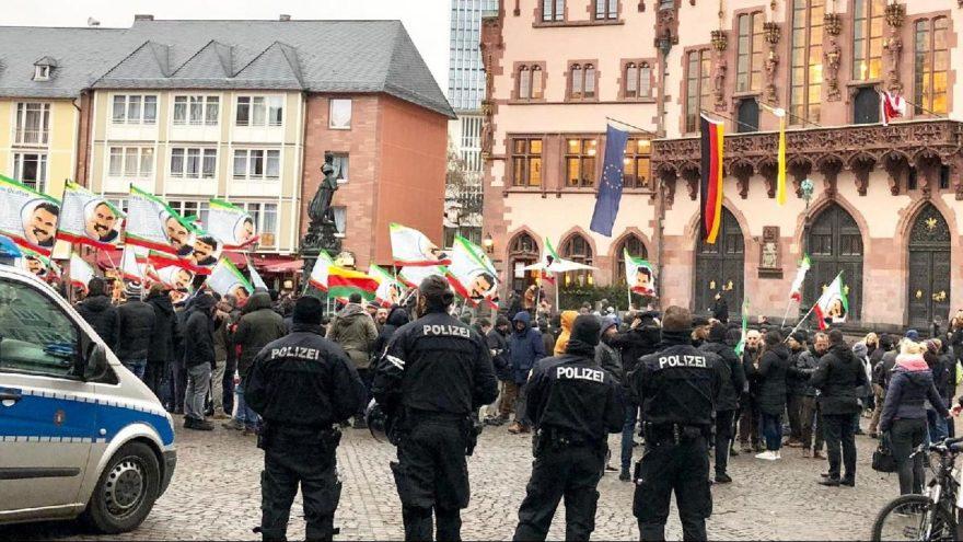 Avrupa'nın kalbinde rezil görüntü