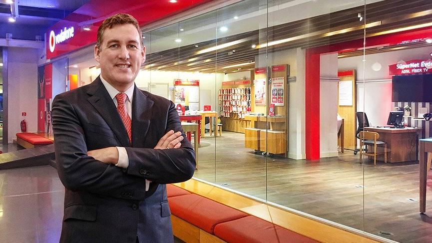 Vodafone servis gelirlerini artırdı