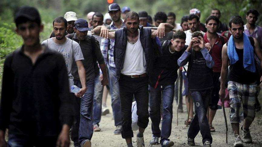 Yunanistan 3 kahraman göçmene vatandaşlık verdi