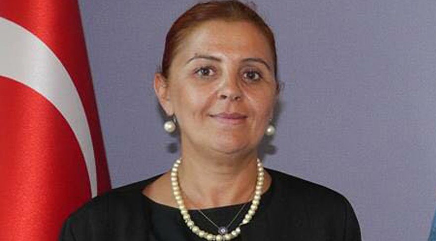 Gül Ağaoğlu, AKP Teşkilat Başkanlığından istifa etti.