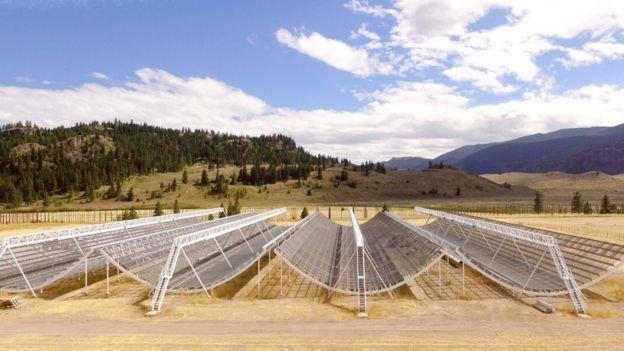 Kanada'da özel olarak üretilen teleskop radyo dalgalarını tespit etti.