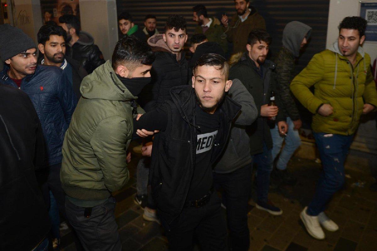 FOTO: İHA / Güven timleri şahsı böyle gözaltına aldı.