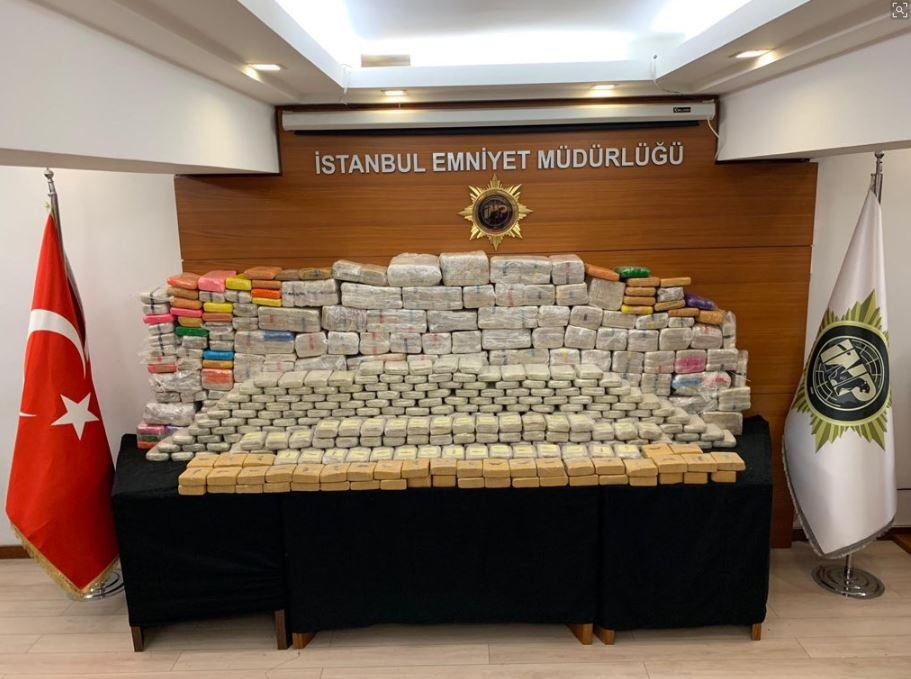 FOTO:DHA - İstanbul'da son dönemde narkotikle mücadele operasyonlarına hız verildi.