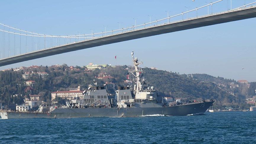 Amerikan savaş gemisi İstanbul'dan geçerek Karadeniz'e açıldı