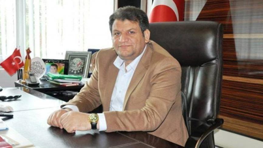 AKP'den istifa ederek Saadet Partisi'ne geçti