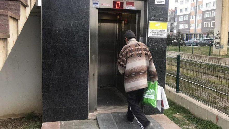 Fıkra gibi olay! Belediye asansörleri için 'Çok tehlikeli binmeyin' uyarısı yapıldı!