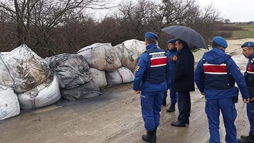 29 çuval 'kimyasal atık' çevreye atıldı iddiası