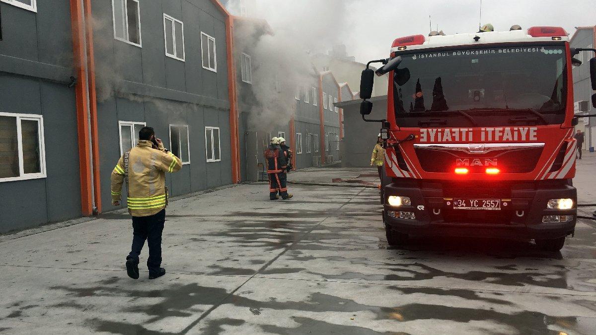 İstanbul Şişli Endüstri Meslek Lisesi'nde yangın!