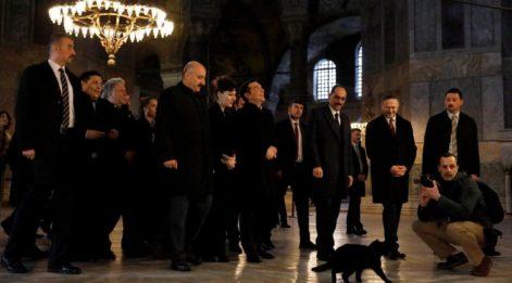 Çipras İstanbul'da... Bugün tarihi ziyarette bulunacak