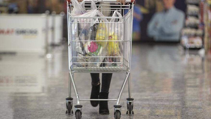 Tüketici örgütü temsilcileri: Naylon poşette ücrete ve fişe dikkat