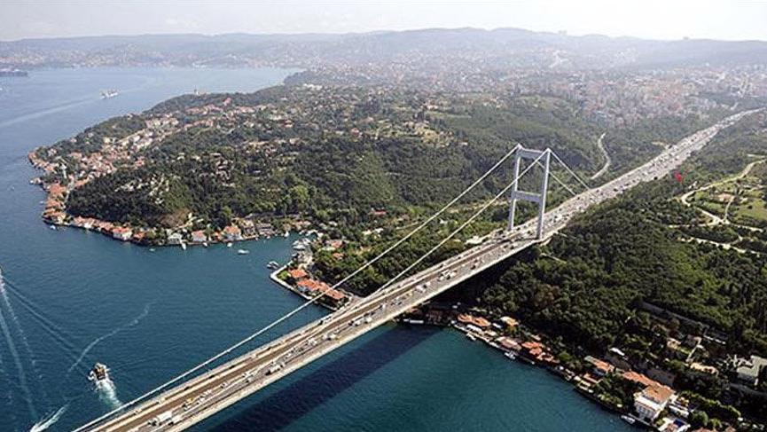 İntihar girişimi nedeniyle FSM Köprüsü kilitlendi!