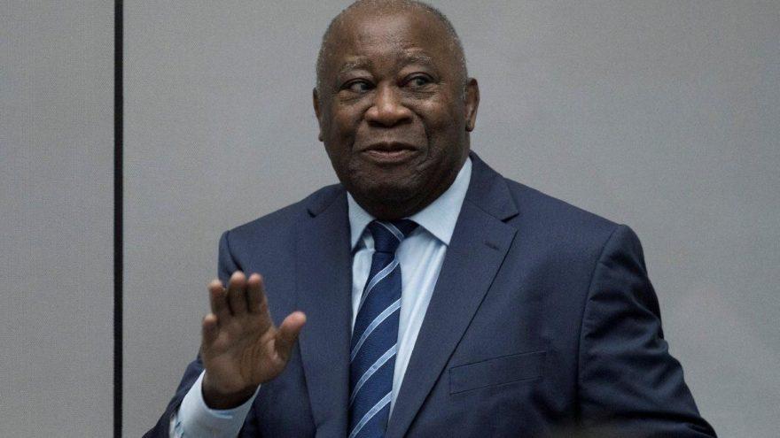 İnsanlığa karşı suçtan yargılanan eski başkana şartlı tahliye