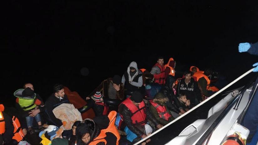 Son Dakika… Kuşadası Körfezi'nde can pazarı! 36'sı çocuk 69 kaçak göçmen kurtarıldı