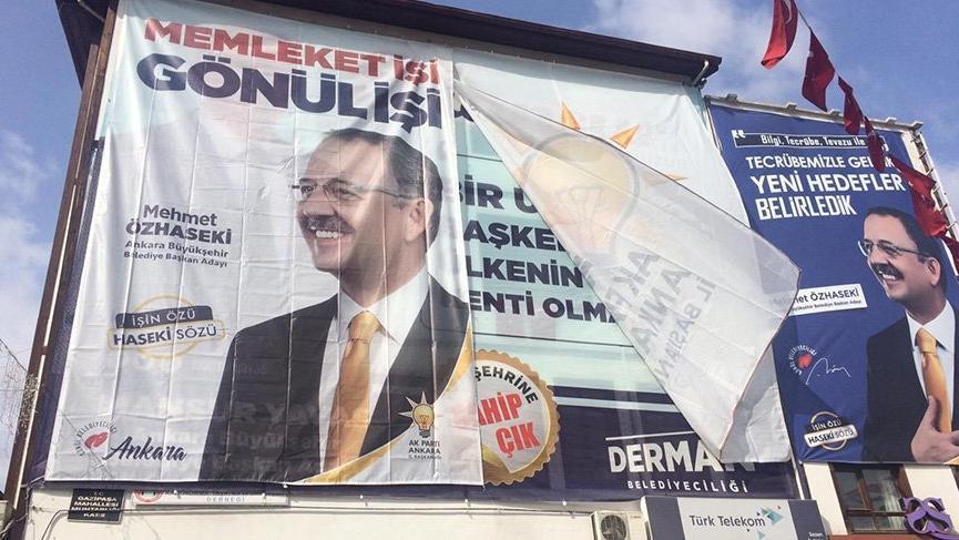 Mansur Yavaş'tan Özhaseki'ye pankart jesti