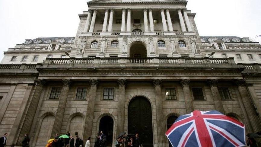 Brexit çalkantılarına rağmen İngiltere'de enflasyon iki yılın dibinde