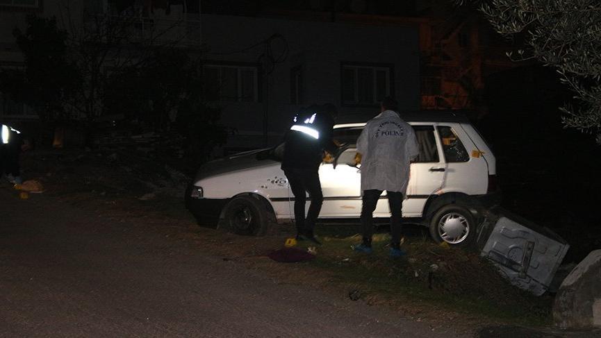 İzmir'de silahlı saldırı! Bir ağır yaralı