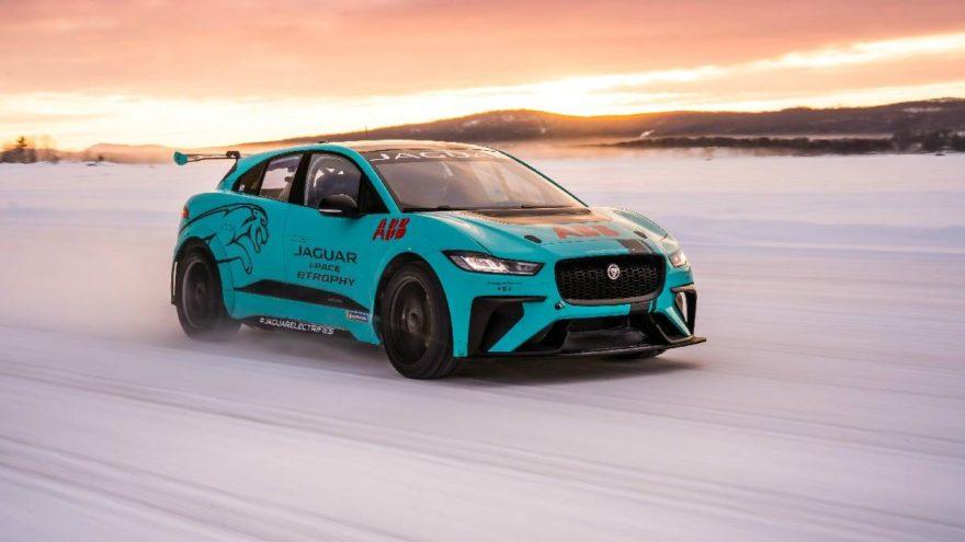 Jaguar I-Pace eTrophy soğuk hava testlerinden geçti!
