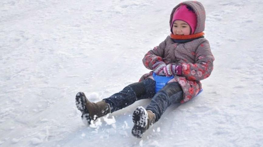 İstanbul'da pazartesi okullar tatil olacak mı? Kar yağışı ne zamana kadar sürecek?