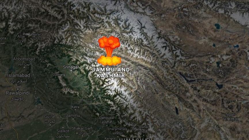 Gerilim tırmanıyor! Cammu Keşmir'de Hindistan'a ait helikopter düştü