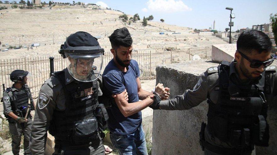 Doğu Kudüs'te onlarca Filistinliye gözaltı