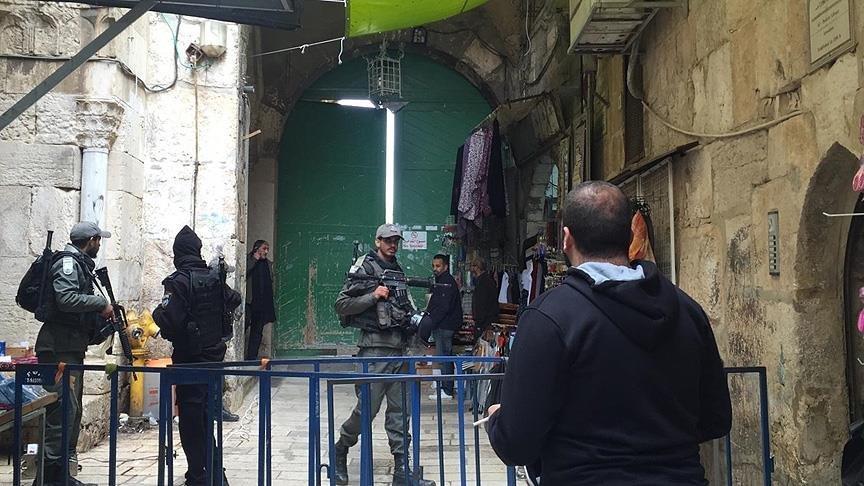 Kudüs'te gerilim: Mescid-i Aksa kapılarını önce kapadılar sonra açtılar