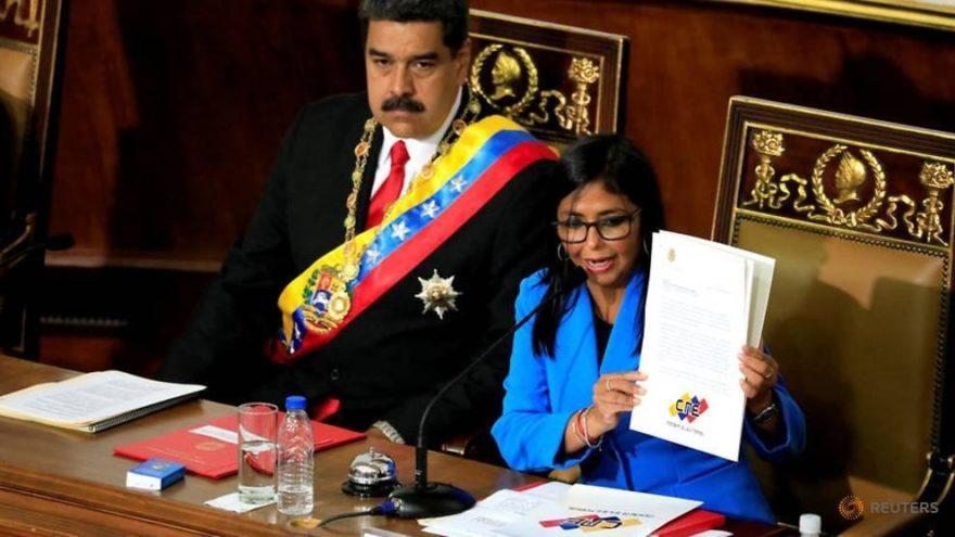 Maduro'nun yardımcısından flaş iddia: ABD yardımlarla bizi zehirleyecek