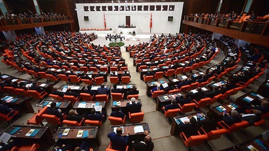 AKP'den 12 maddelik yasa teklifi!
