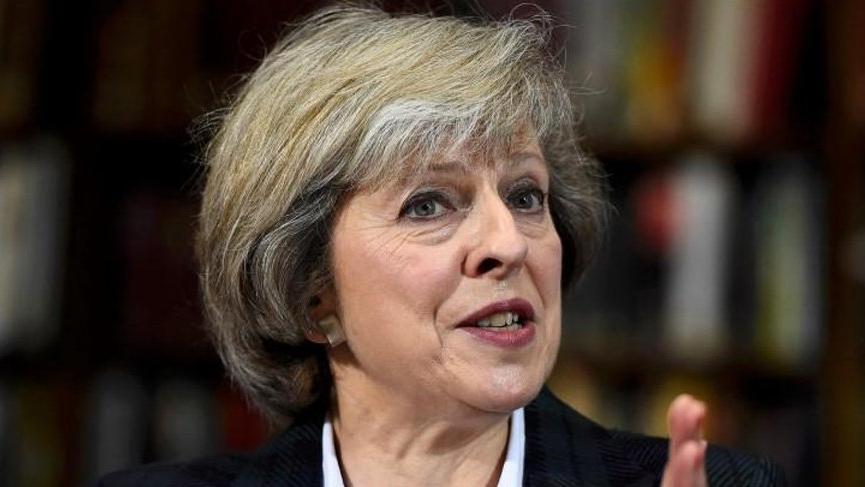 İngiltere'de Brexit oylaması 12 Mart'a ertelendi