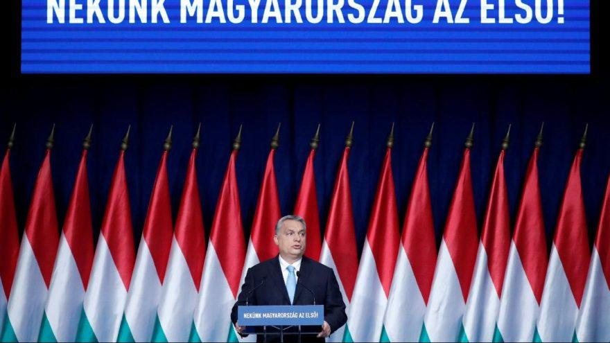 Orban'dan 4 çocuk vaadi: Vergi alınmayacak
