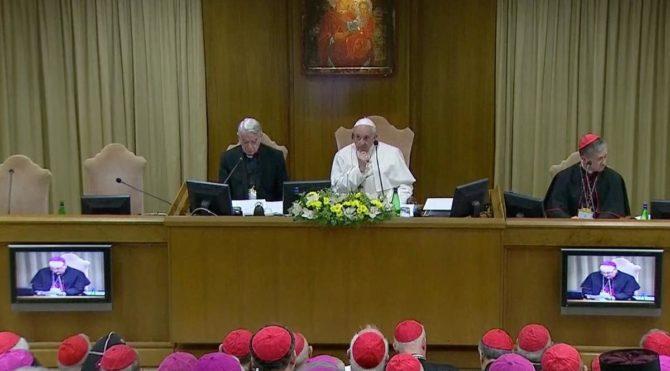 Papa, Çocukların Kilisede Korunması zirvesini başlattı