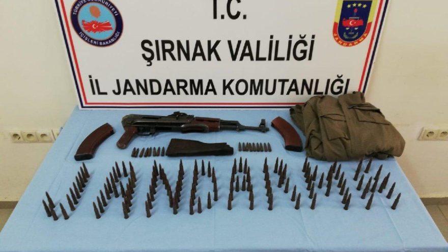 Beytüşşebap'ta PKK'lıların sakladığı kalaşnikof ve ve mermiler bulundu
