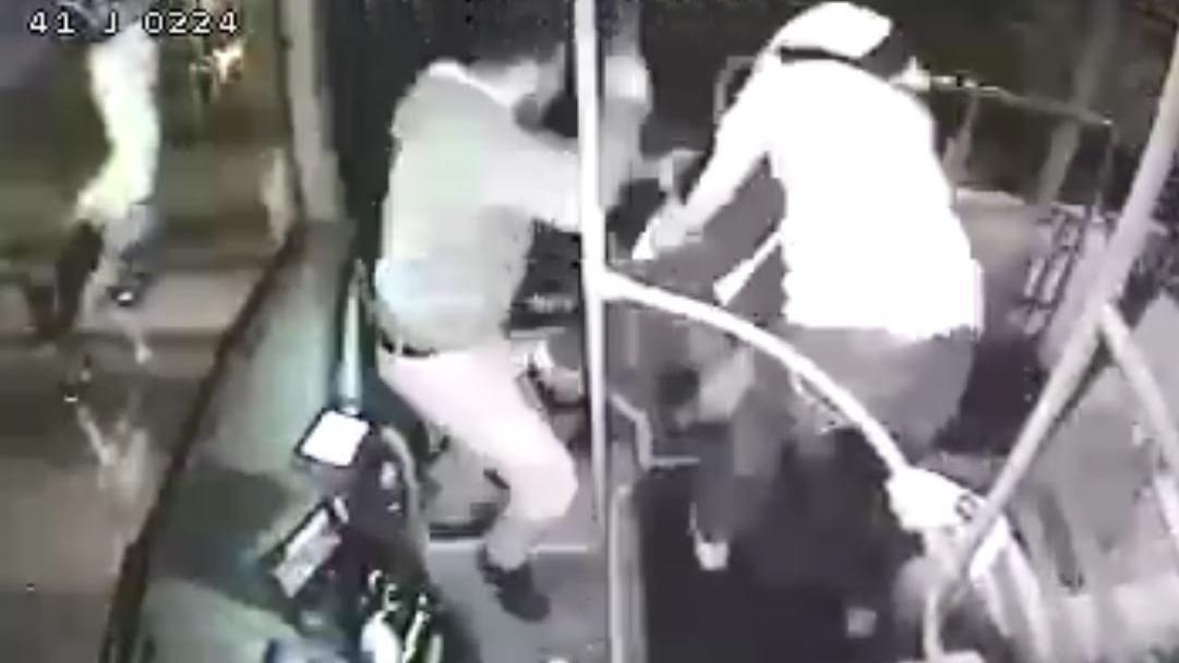 Otobüste taciz iddiasına linç girişimi
