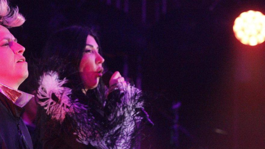 Hande Yener: Zamansız bir solistim
