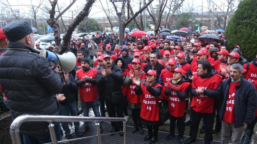 Kadıköy Belediyesi işçilerinden, iş bırakma eylemi