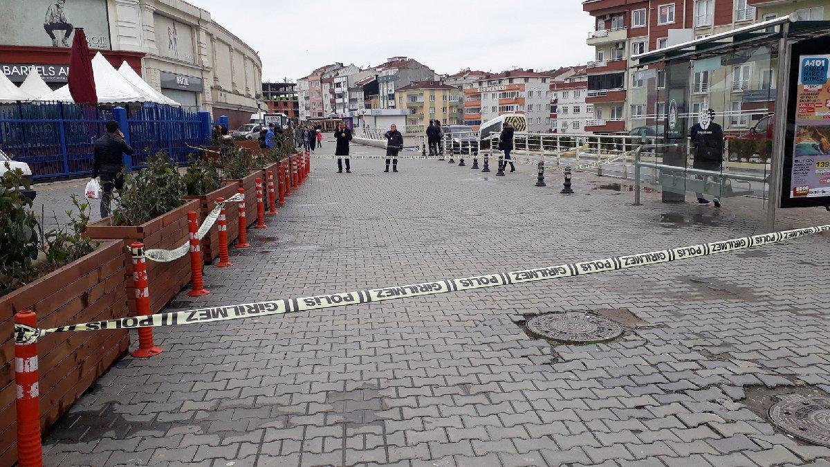 İstanbul'da AVM önünde silahlı saldırı