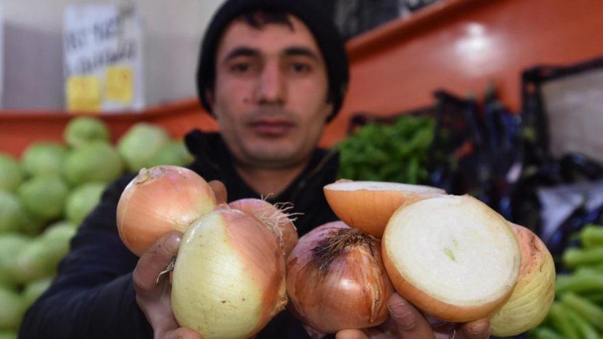 İran soğanı raflarda yerini aldı