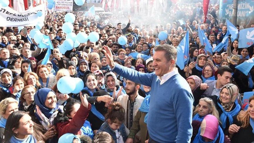 Mustafa Sarıgül'den öğrencilere 'e-Dershane' sözü