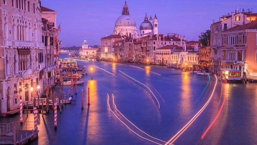 Yılda 20 milyon turist gelen Venedik'e girişler ücretli oluyor