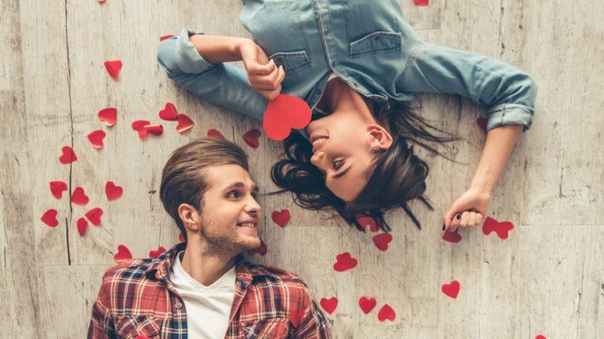 Anlamıyla büyüleyen Sevgililer Günü mesajlarıyla, sevgilinizi mutlu edin… İşte 14 Şubat mesajları!