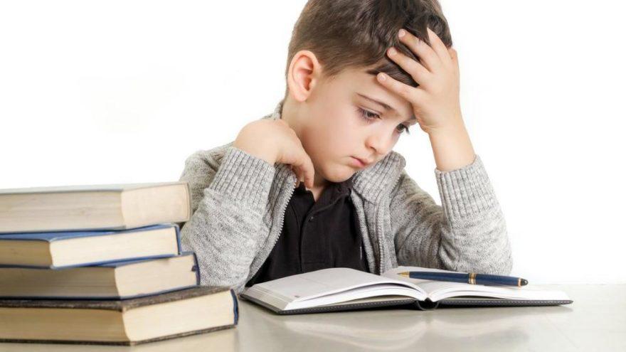 Disleksi belirtileri ve tedavisi: Disleksi nedir?