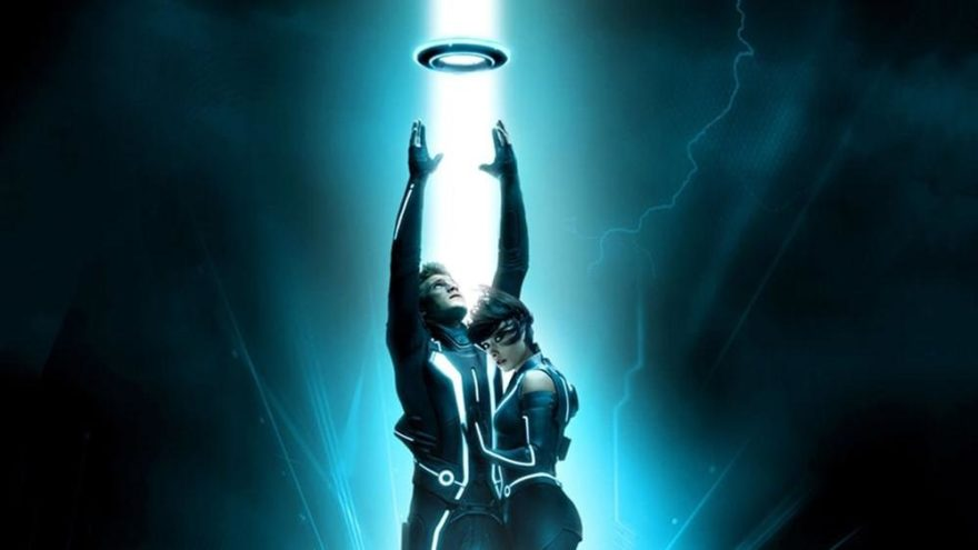 Tron Efsanesi konusu ne? Tron Efsanesi oyuncuları kimdir?