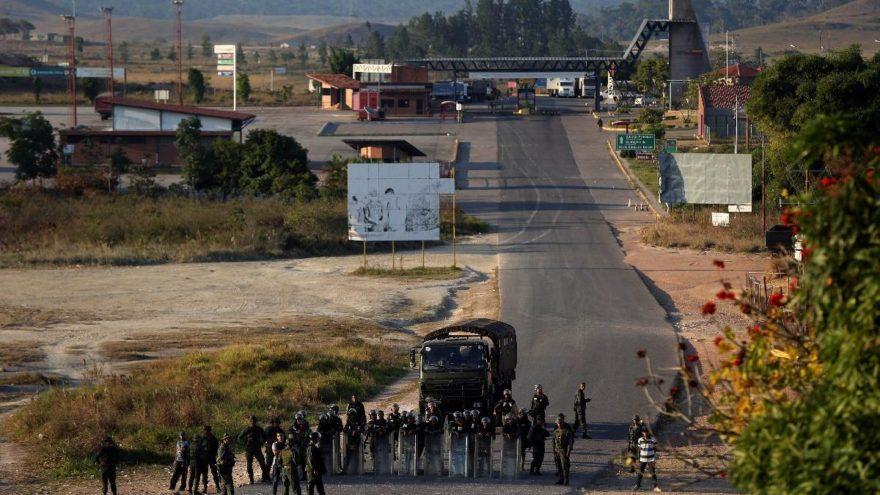 Venezuelalı Büyükelçi: Yardım paketleri bozulmuş yiyecek ve ilaçla dolu!