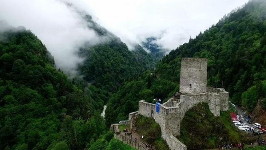 Hadi ipucu sorusu yayınlandı: Rize'deki kalenin adı nedir? İşte 8 Şubat 12:30 Hadi ipucu sorusu…