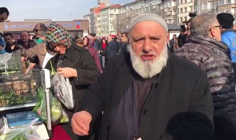 """47afab6d4782b Bir başka vatandaş ise """"Pazartesi günü 5 liraya aldığım soğanı 2 liraya  aldım. Allah razı olsun devletimizden"""" ifadelerini kullandı."""