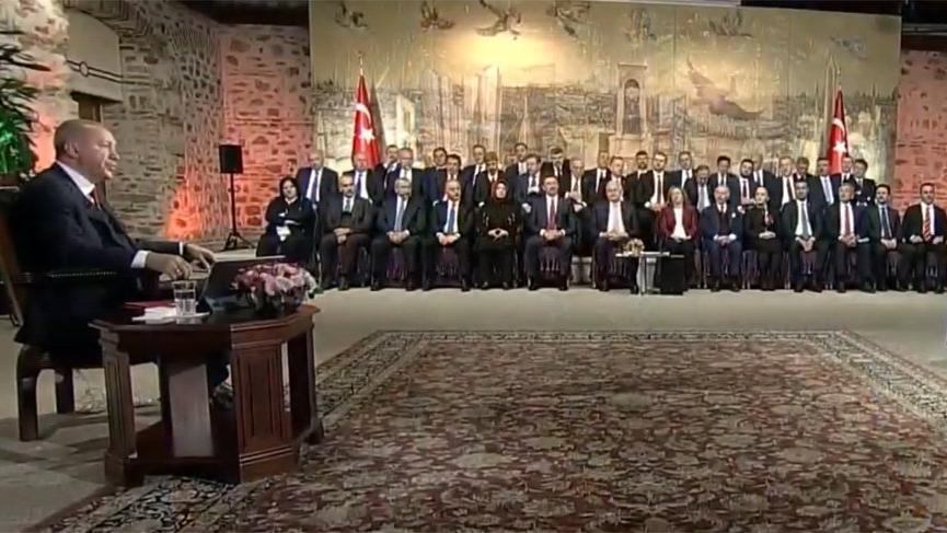 TRT'de şaşırtan seçim programı!
