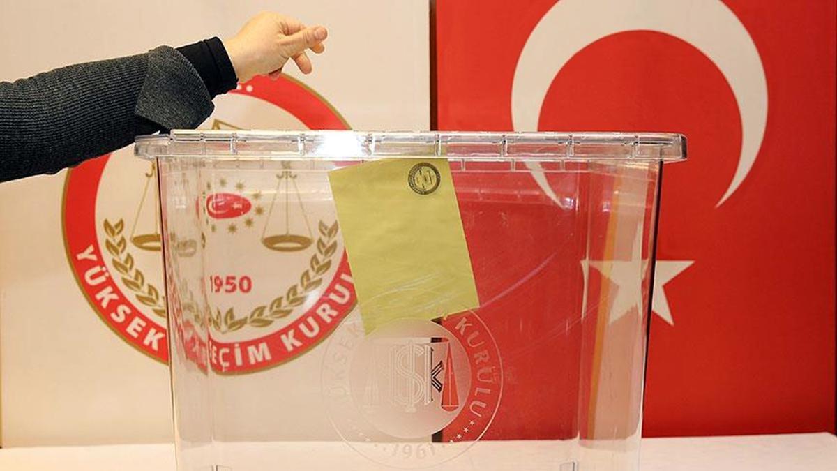 Oy kullanma işlemi saat kaçta başlıyor, saat kaçta bitiyor?