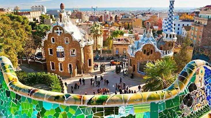 Barselona ve Madrid'de kiracılar yandı